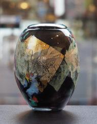Vase Jean Claude Novaro noir or Galerie Maxime Marché Vernaison
